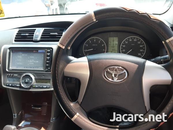Toyota Premio 2,0L 2015-5