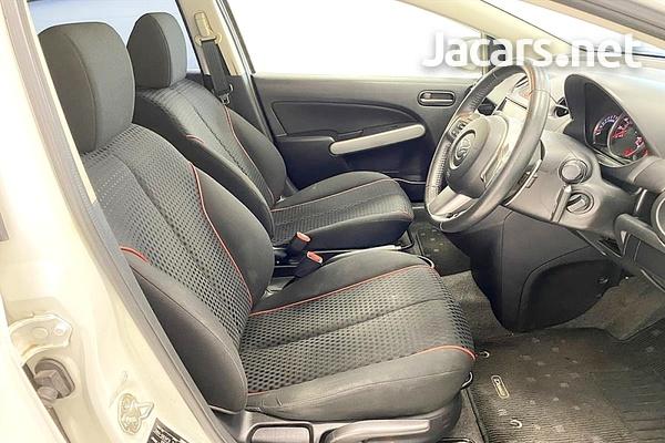 Mazda Demio 1,5L 2012-8