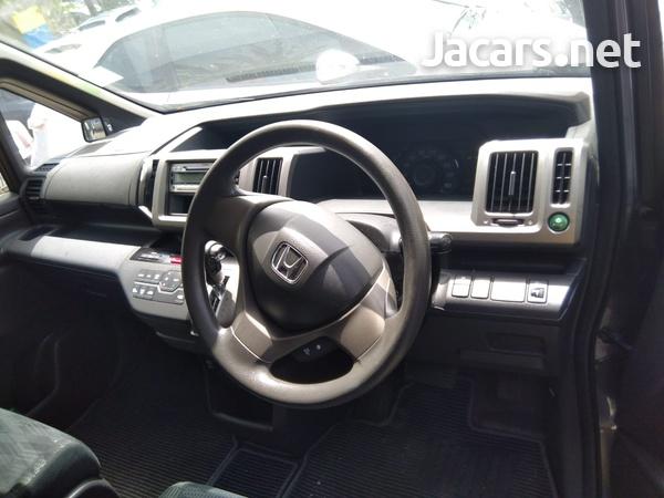 Honda Step wagon 2,0L 2014-4