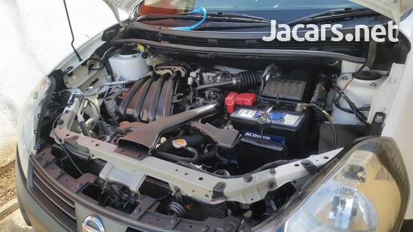 Nissan AD Wagon 1,5L 2013-2