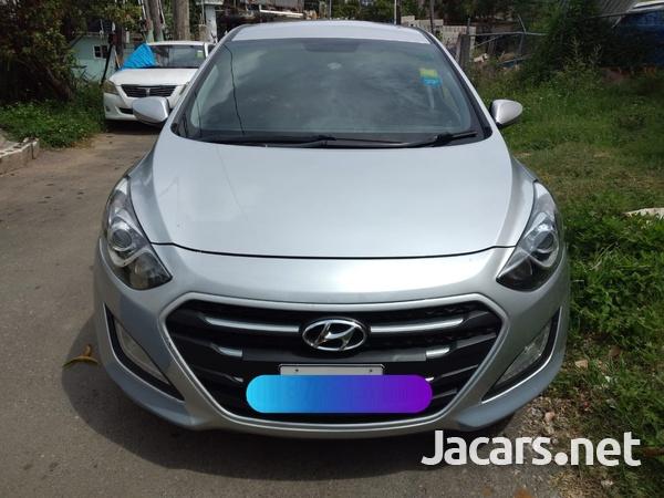 Hyundai i30 4,4L 2015-2