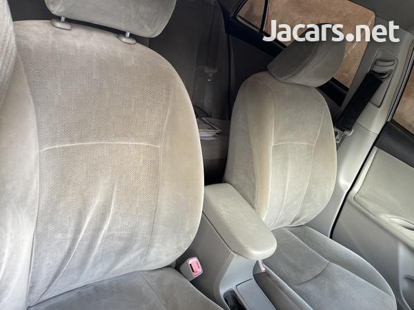 Toyota Corolla XLi 1,5L 2012-9