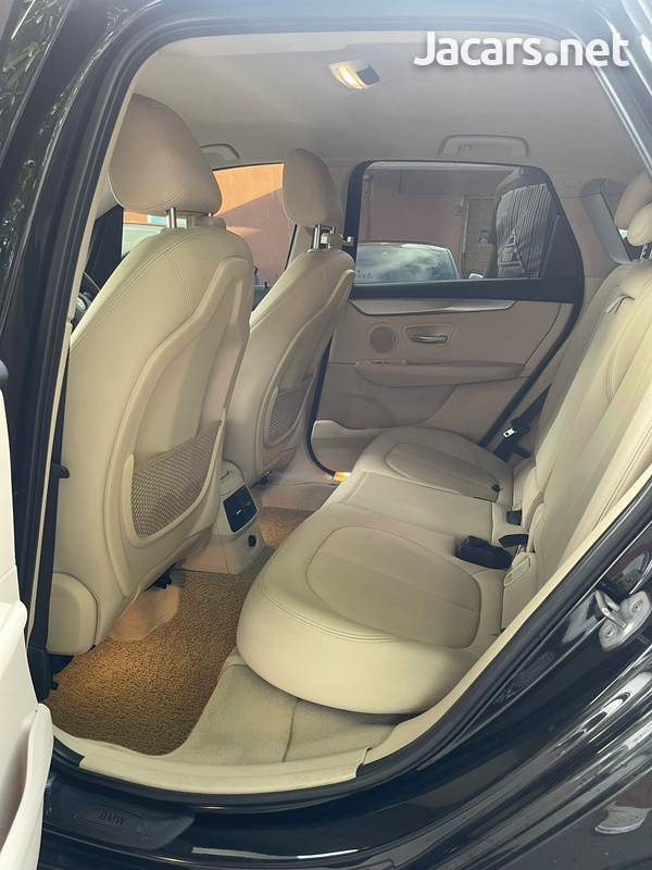 BMW 2-Series 2,0L 2014-5