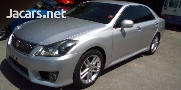Toyota Crown 2,5L 2010-1