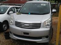 Toyota Noah 1,9L 2010