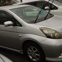 Toyota Isis 1,5L 2010