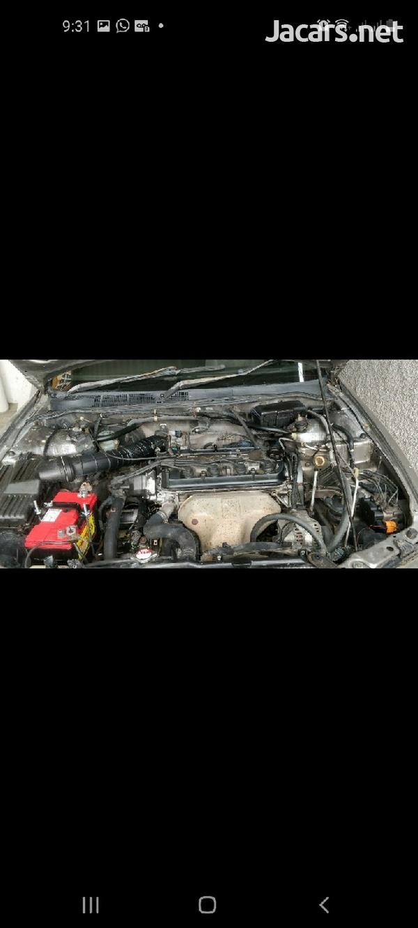 Honda Accord 2,0L 1998-5