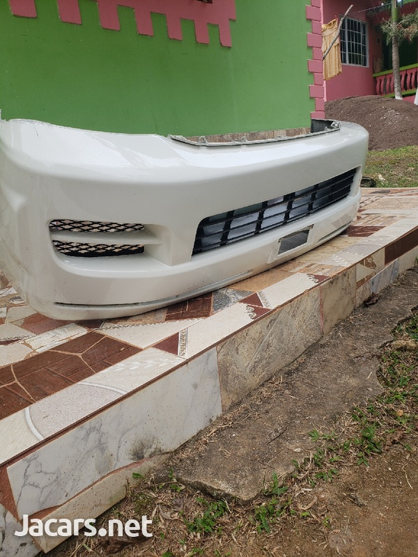 toyota hiace front bumper with grill-1