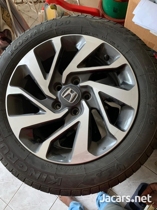 Honda civic rims and tyres-3