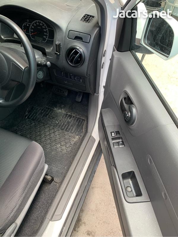 Nissan AD Wagon 1,4L 2015-4