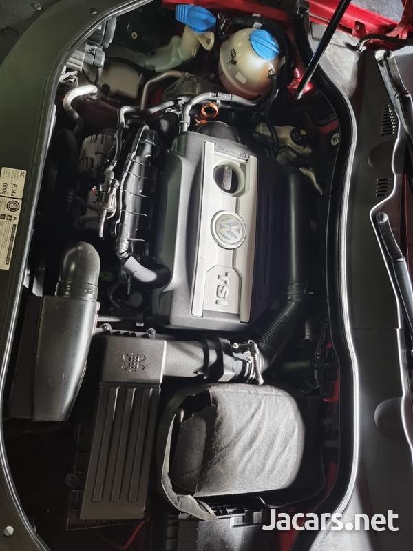Volkswagen Passat 2,0L 2012-8