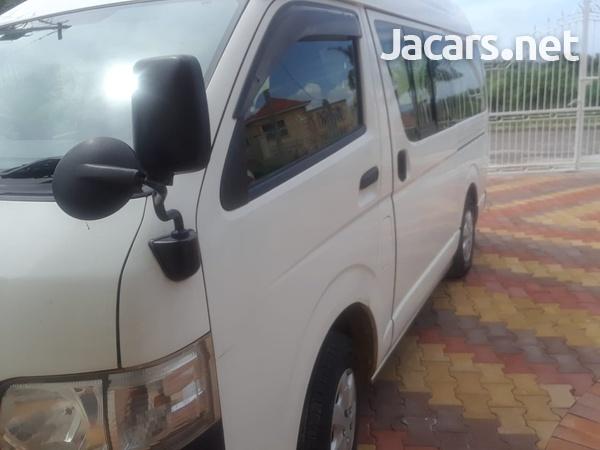 Toyota Hiace Bus 2,5L 2012-3
