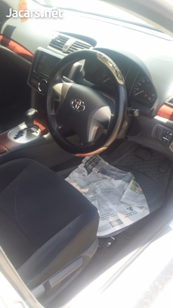 Toyota Allion 1,5L 2011-5