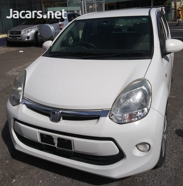 Toyota Passo 1,3L 2014-1