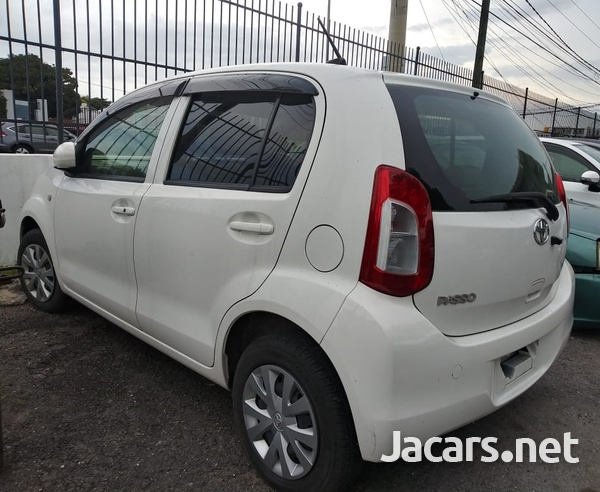 Toyota Passo 1,3L 2014-11