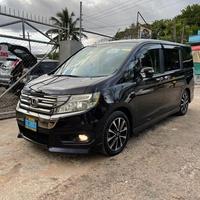 Honda Stepwgn Sparda 2,0L 2012