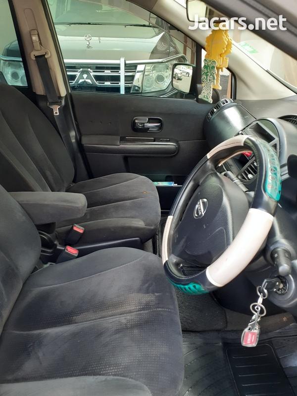 Nissan LaFesta 2,0L 2007-1