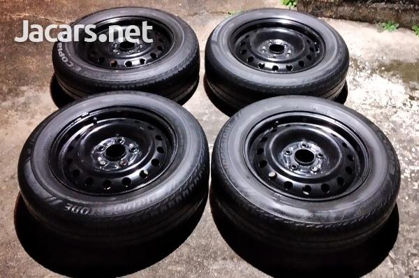 Honda/ Toyota Rims and Tires 5X114.3-2