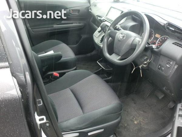 Toyota Wish 1,7L 2014-6