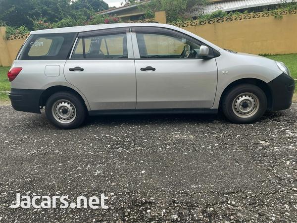 Mazda Familia 1,5L 2016-6