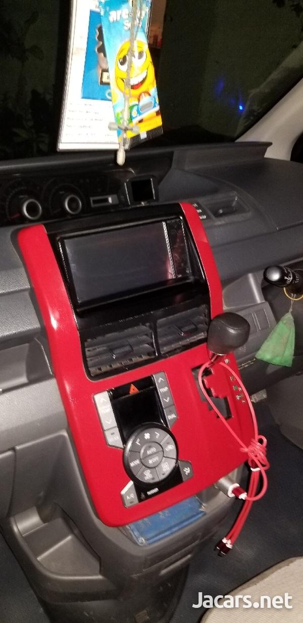 Toyota Noah 2,0L 2008-2