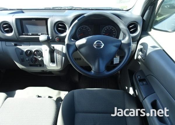 Nissan Caravan 2,0L 2016-8