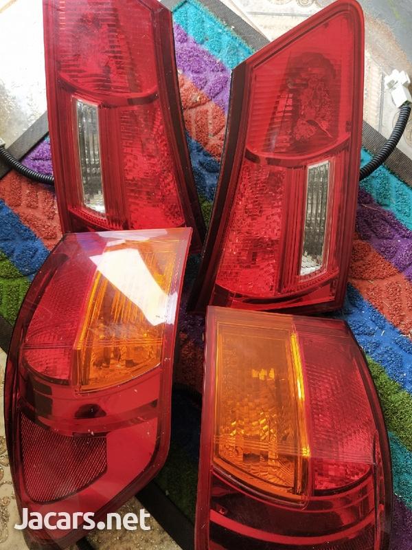 lexus is250 taillights