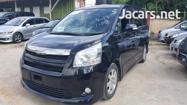 Toyota Noah 1,8L 2010-3