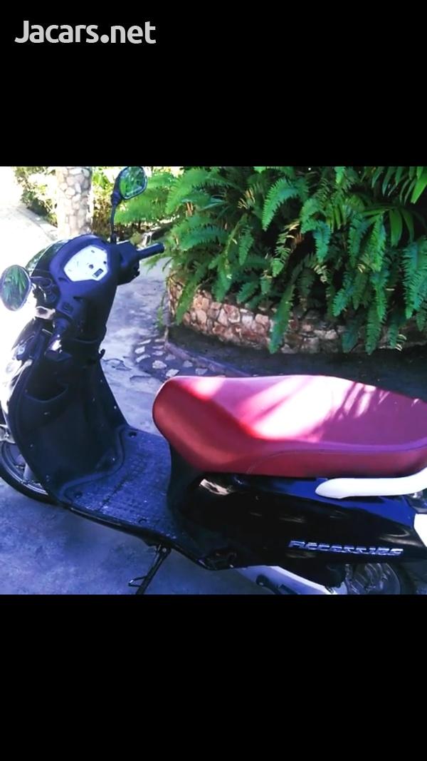 Suzuki Access 125 Scooter 2016-5