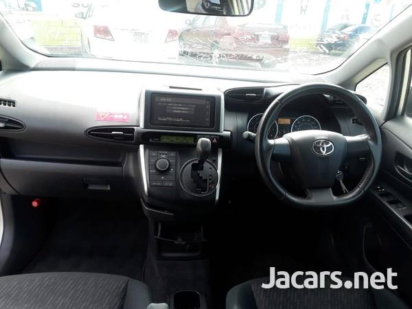 Toyota Wish 1,8L 2011-11