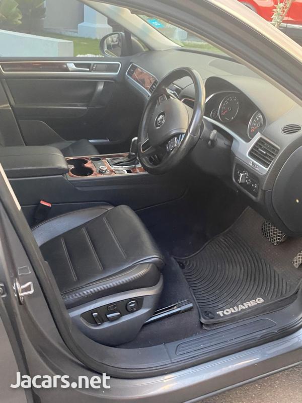 Volkswagen Touareg 3,6L 2012-5