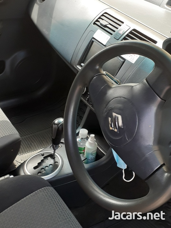 Suzuki Swift 1,2L 2010-7