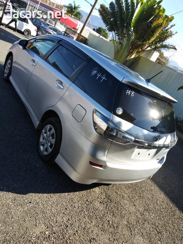 Toyota Wish 1,8L 2014-11