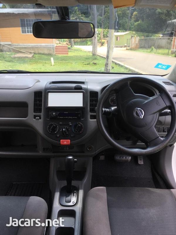 Nissan AD Wagon 1,2L 2013-5