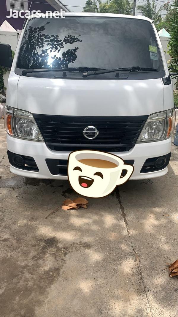 Nissan Caravan 2,0L 2011-1