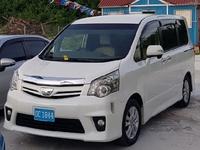 Toyota Noah 1,9L 2011