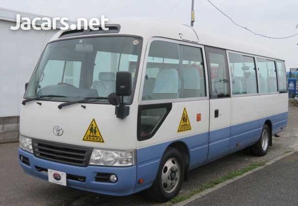 2011 Toyota Coaster Bus 4,0L-4