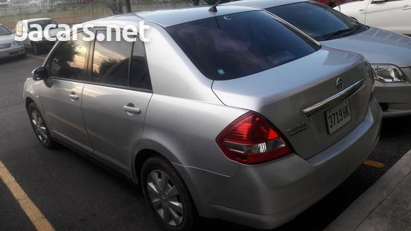 Nissan Tiida 1,6L 2009-3