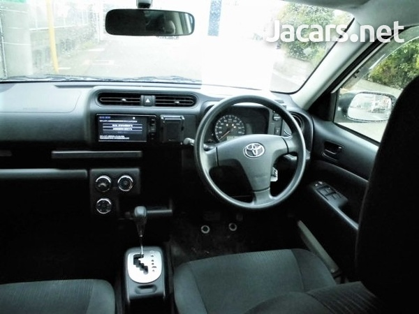 Toyota Succeed 1,5L 2016-7