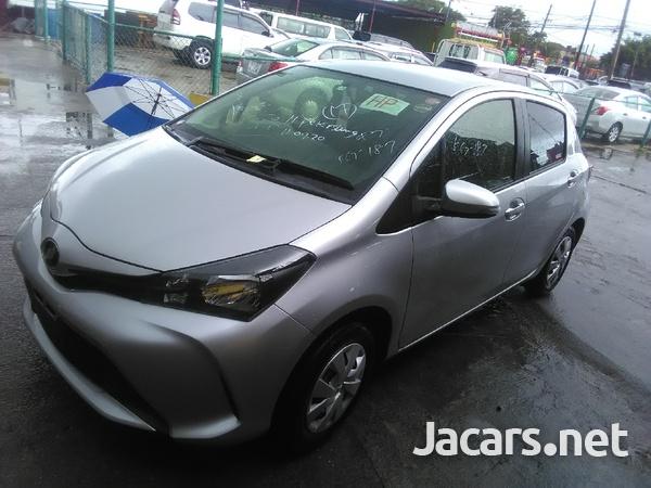 Toyota Vitz 1,5L 2015-3