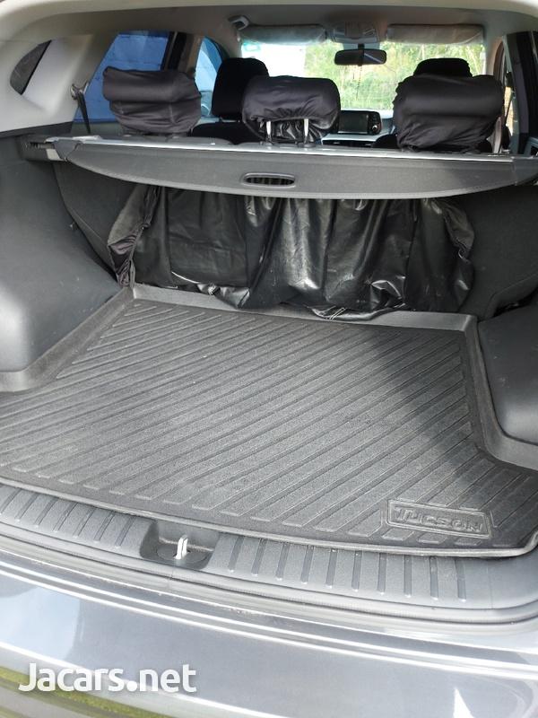 Hyundai Tucson 2,0L 2019-6