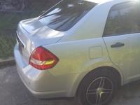 Nissan Tiida 2,0L 2012