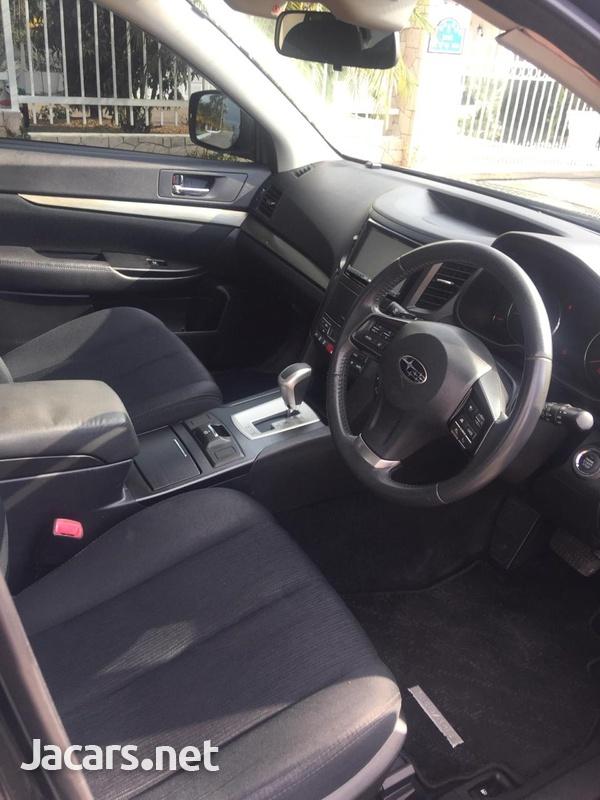Subaru Legacy 2,0L 2012-4