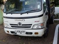 2008 Hino 300 truck