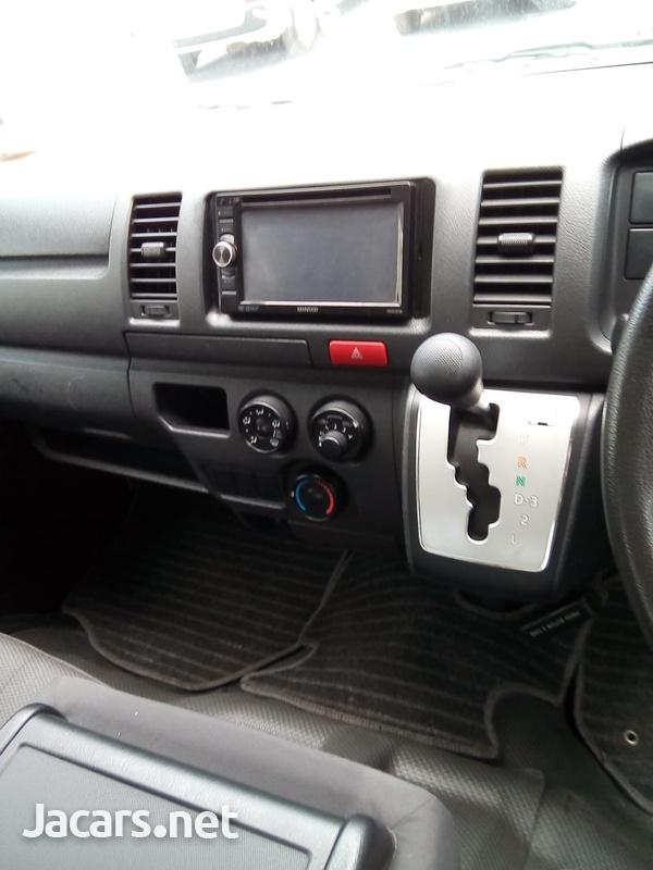2014 Toyota Hiace Bus-4
