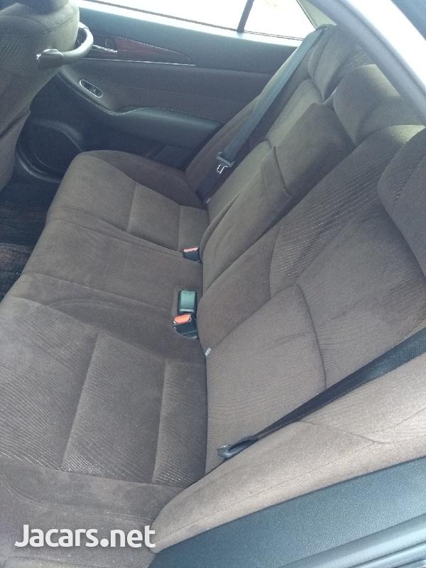 Toyota Crown 3,5L 2013-6