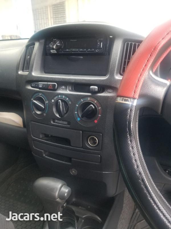 Toyota Probox 1,5L 2013-9