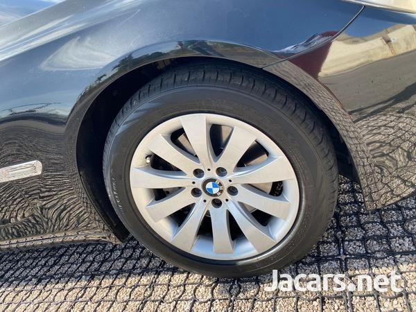 BMW 7-Series 3,0L 2012-11
