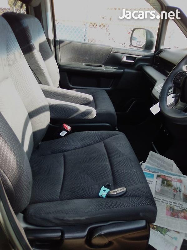 Honda Step wagon 2,0L 2011-6