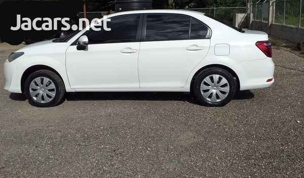 Toyota Axio 1,5L 2017-3